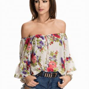 חולצת פרחים